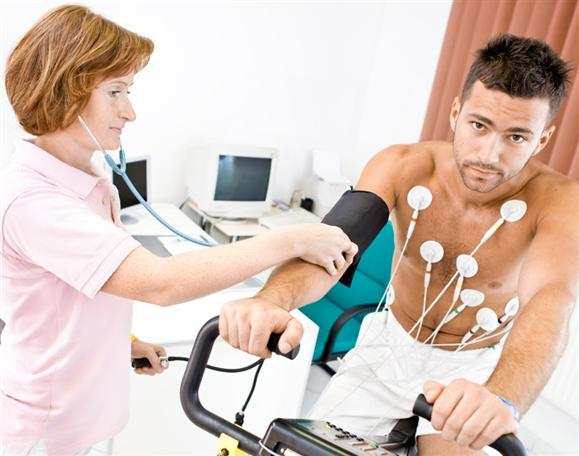 an analysis of the sports medicine The purpose of this study was to evaluate online patient ratings for us sports  medicine surgeons, determine predictors of positive ratings and analyze for.